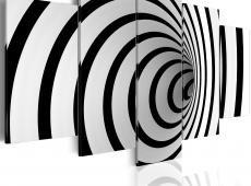 Kép - A black & white hole