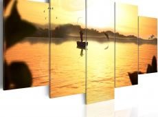 Kép - A lake at dusk