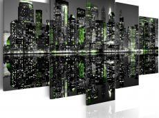 Kép - Emerald lights on skyscrapers in New York