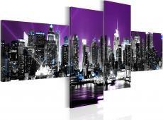 Kép - New York on a violet background
