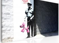 Kép - Police guard and pink balloon dog (Banksy)